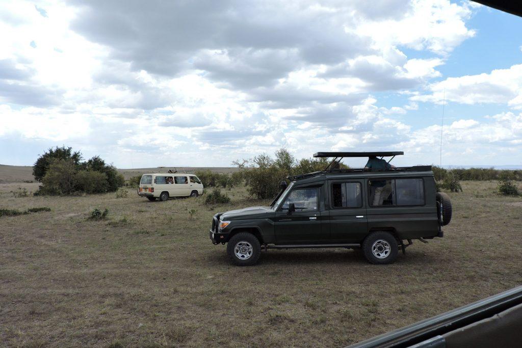 Kenya Jeep Safari   Safari Kenya in Pop Up Top 4 x 4 Jeep